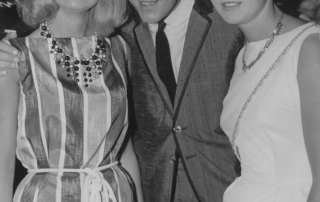Shane Fenton (Alvin Stardust) in Worthing with Carnival Queens Barbara Ottaway and Carole Davies taken 1963